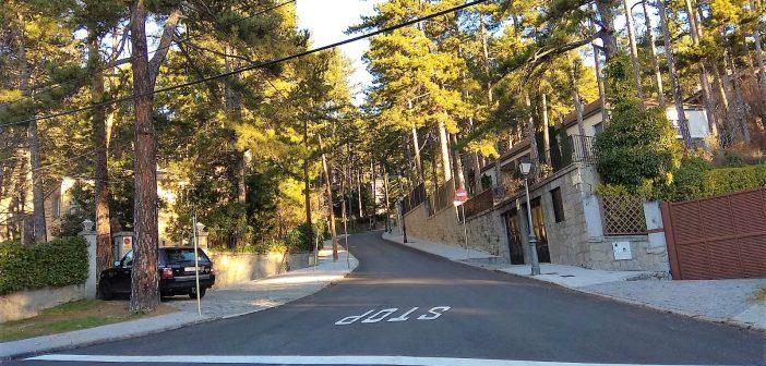 Obras asfaltado calle Pinar