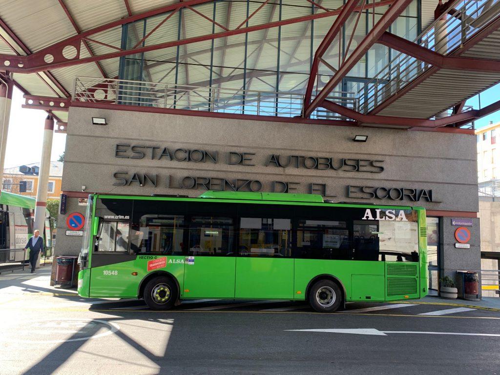 Nuevo autbús L 4 de San Lorenzo de El Escorial 1