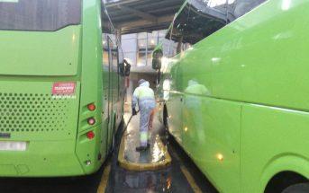 Limpieza y desinfección de darsena estación de autobuses