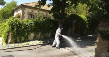 Limpieza y desinfección diversas calles finales de mayo