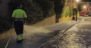 Limpieza y desinfección diversas calles San Francisco y Patriarca